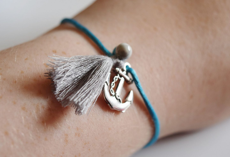 blue anchor cord bracelet