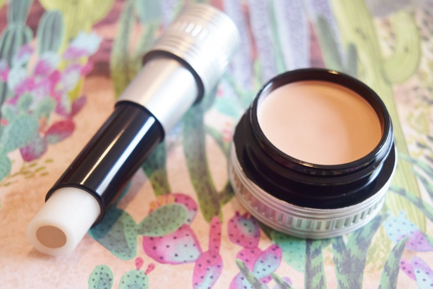 Benefit cosmetics hydrating concealer