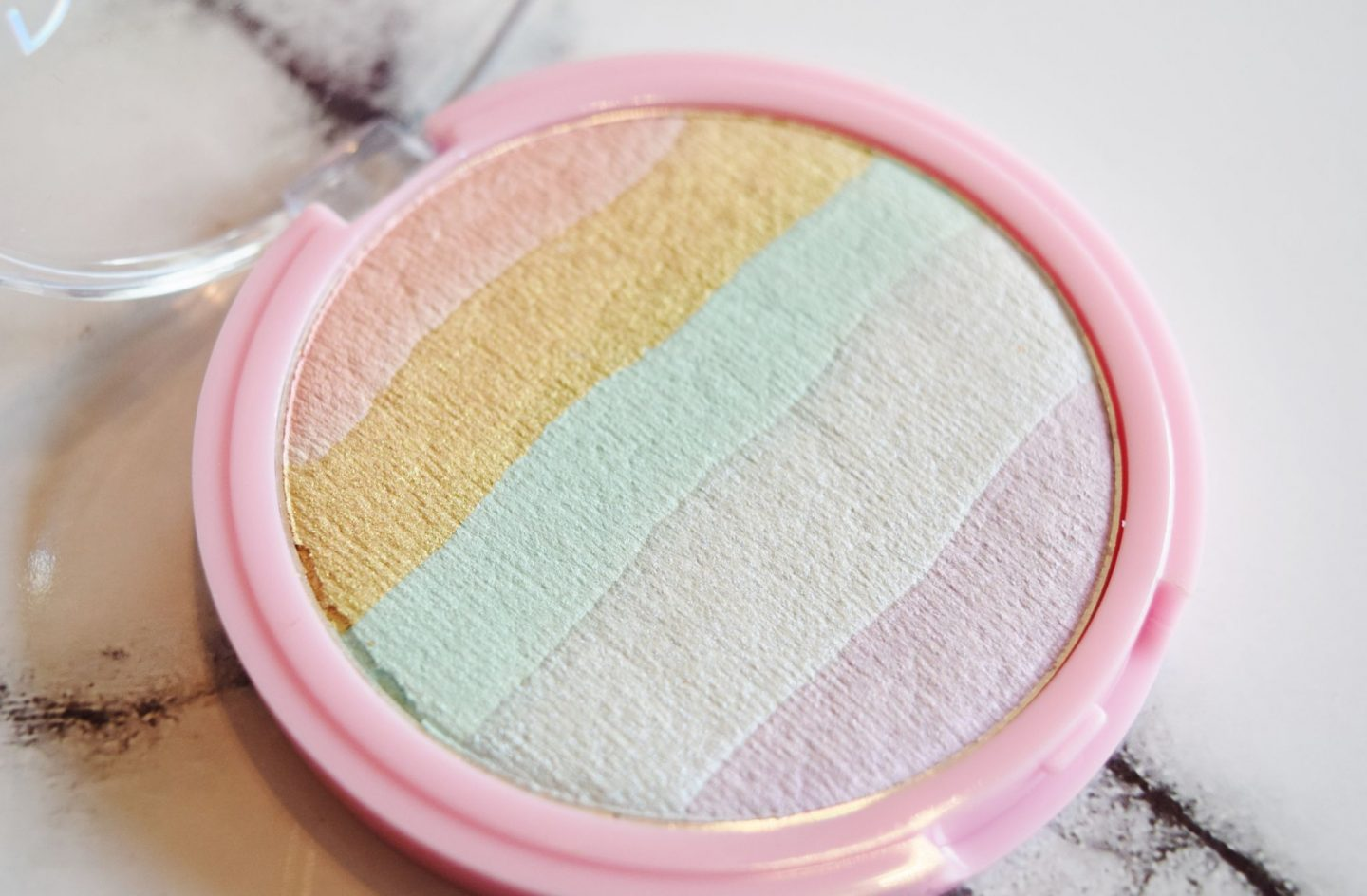 contour cosmetics prism highlighter
