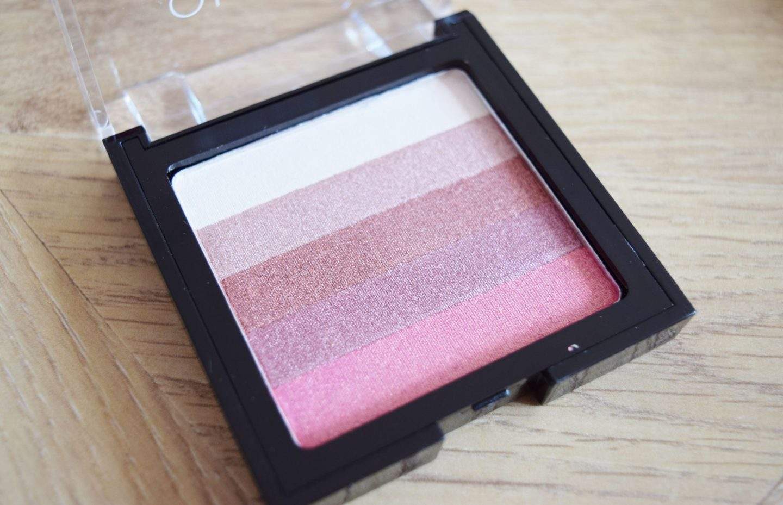 Olivia Hale Blusher Brick in Pink