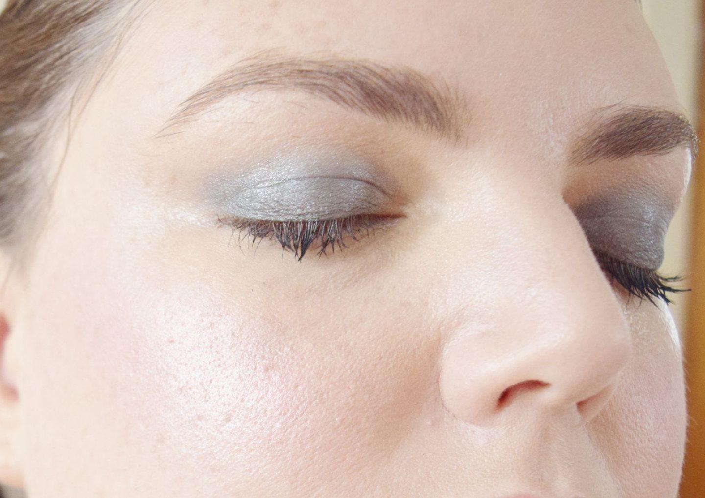 olivia hale eyeshadow in slate on eyes