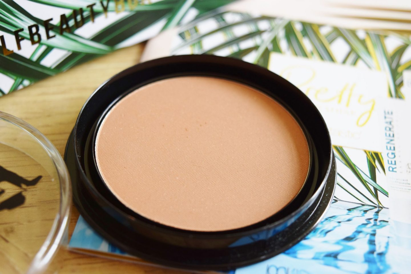 hot makeup bronzer swatch