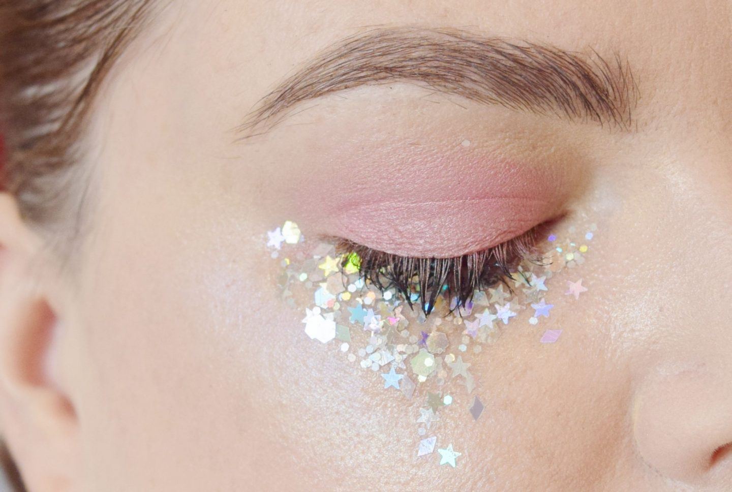 glitter tears eye makeup