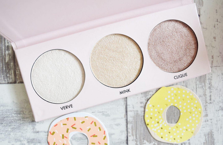 Contour Cosmetics Spotlight Illuminating Highlighting Palette