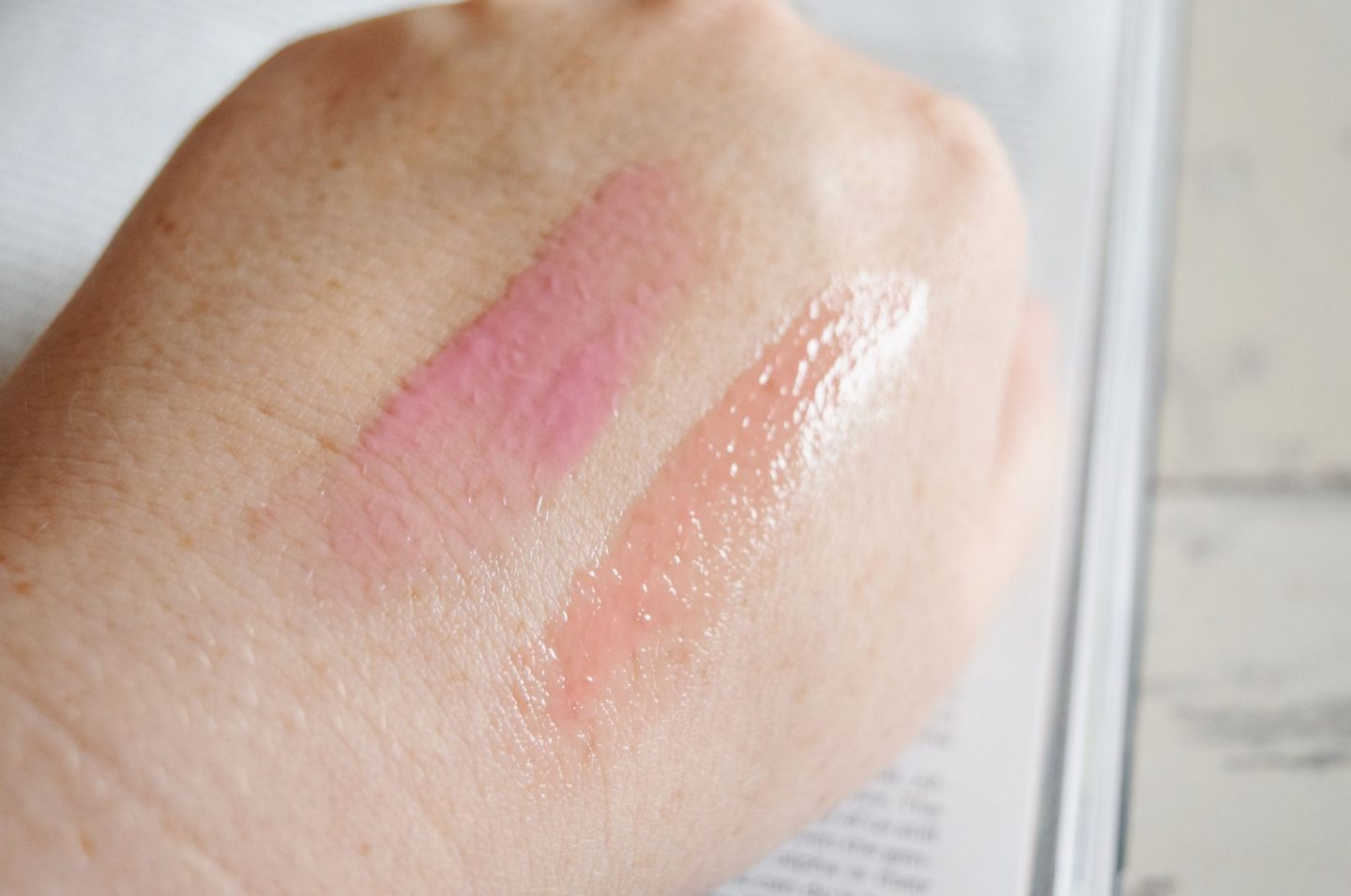GlamGlow Pout Mud Wet Lip Balm Treatment swatches