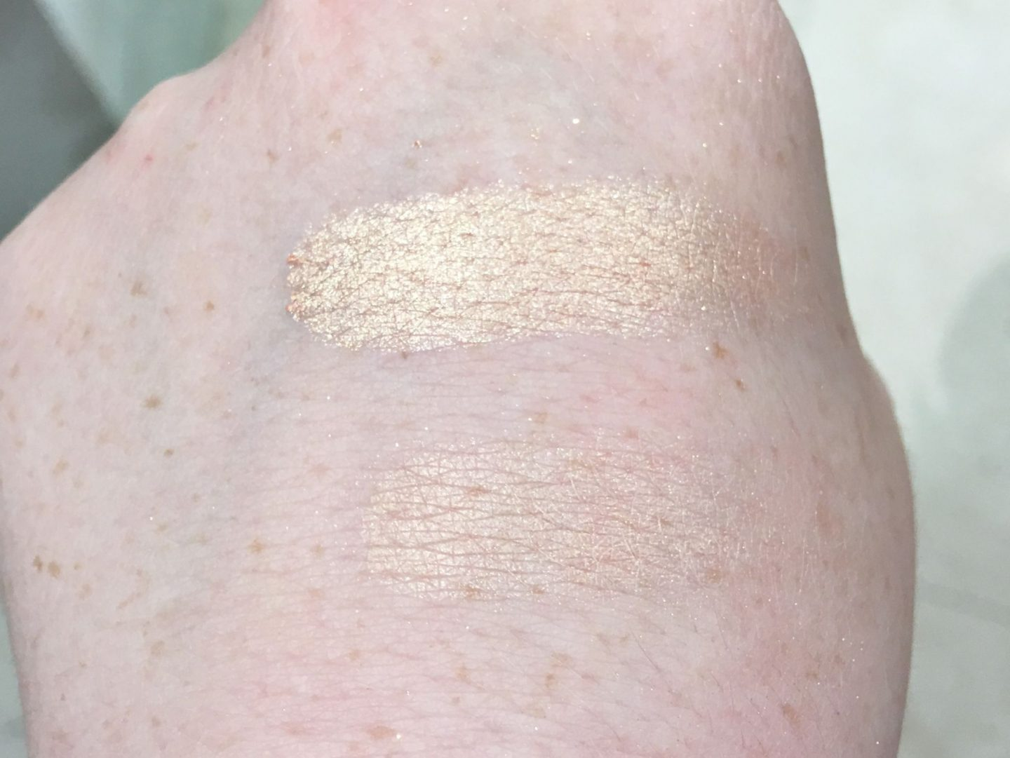 Fenty Beauty Killawatt Freestyle Highlighter Duo in Mean Mny Hustle Bby swatches