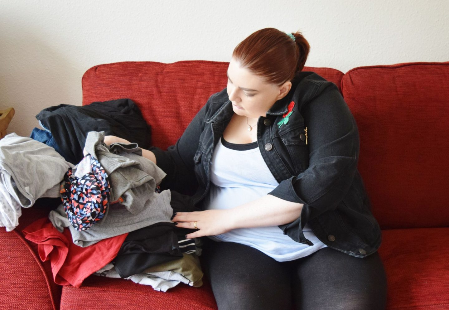 laura pearson-smith give up clothes for good