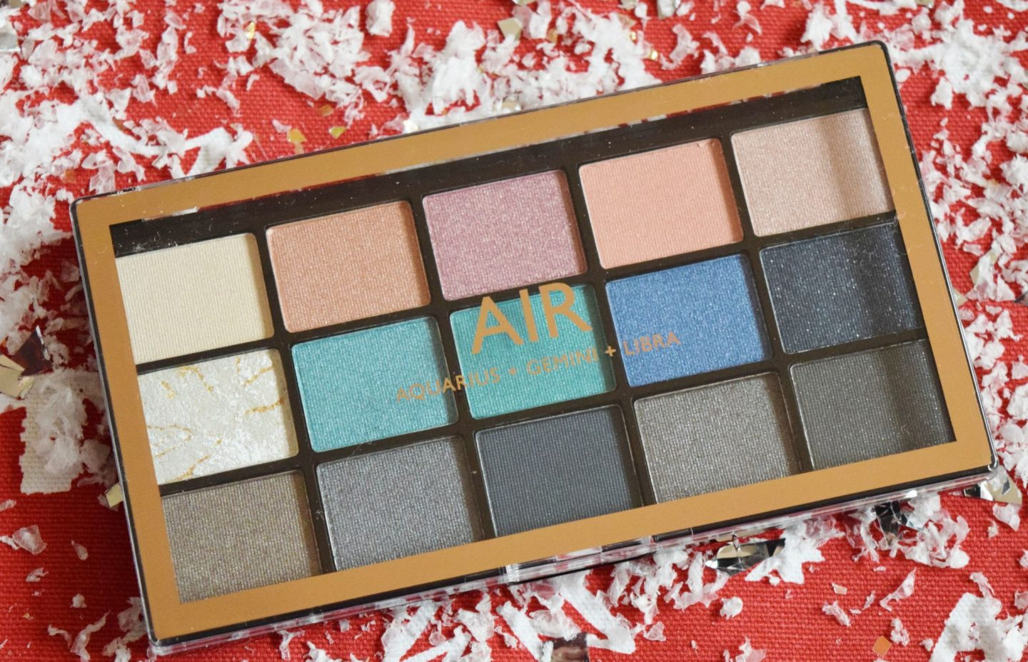 makeup revolution mysign elements air palette