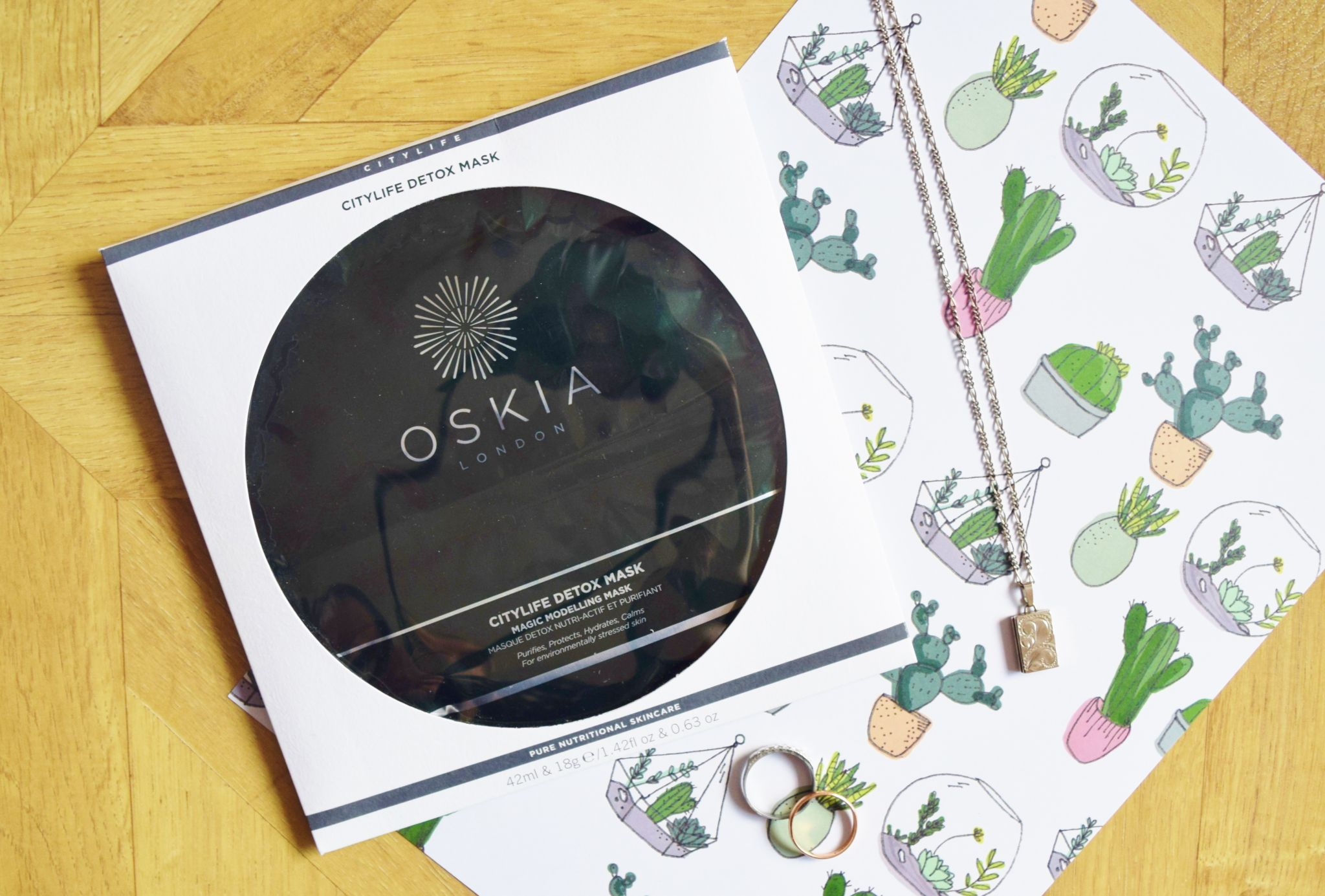 oskia citylife detox magic modelling mask