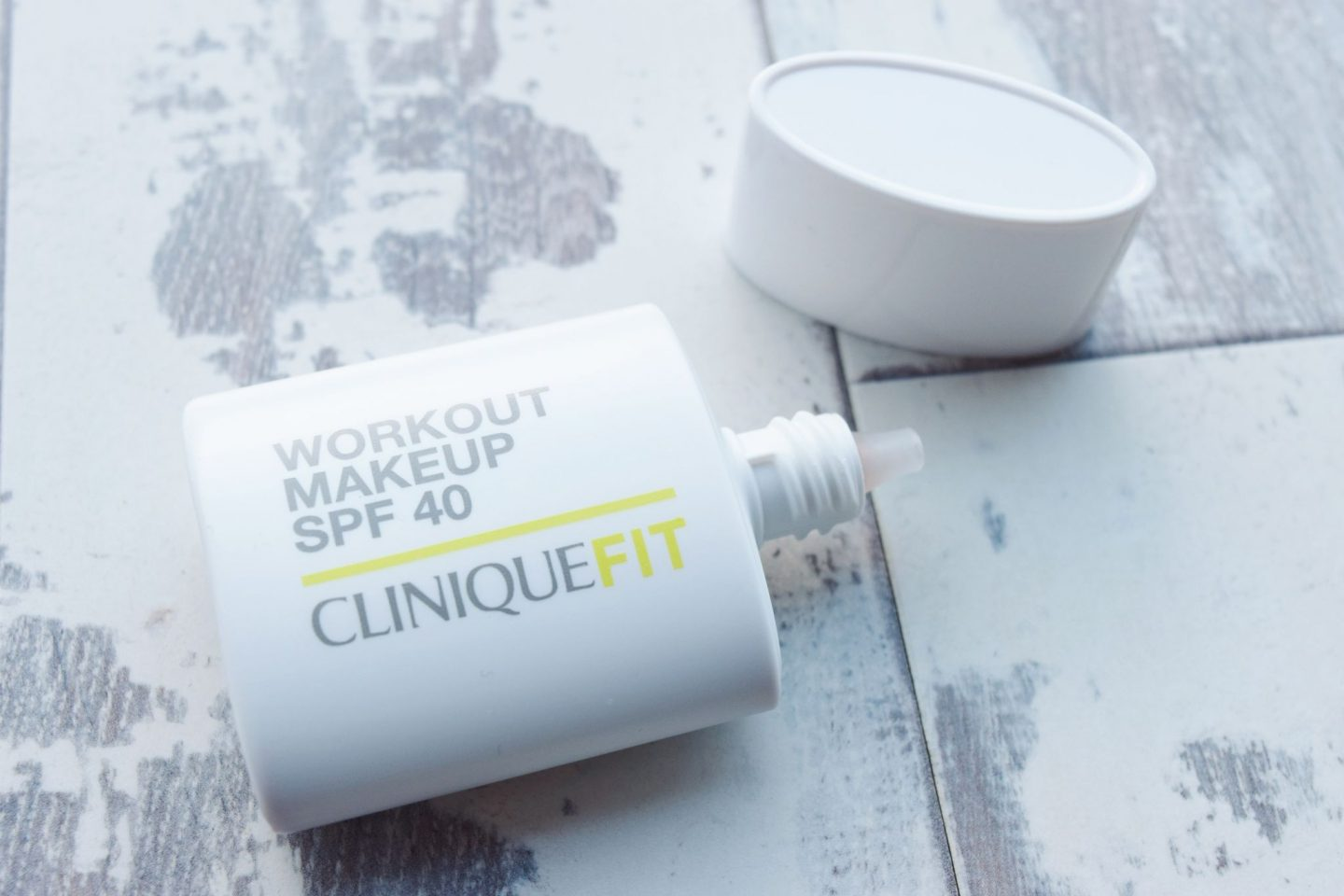 CliniqueFIT Workout Makeup SPF 40