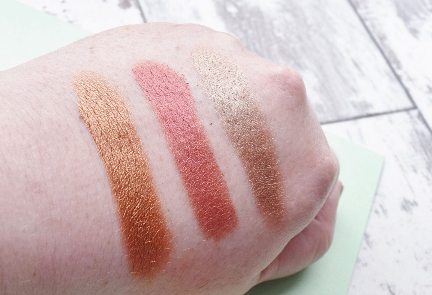 Pixi Beauty Eye Reflections Shadow Palette swatches