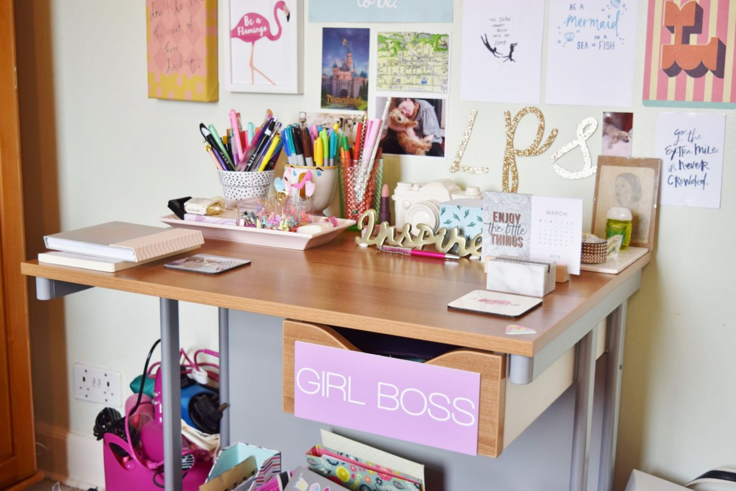 creatives desk