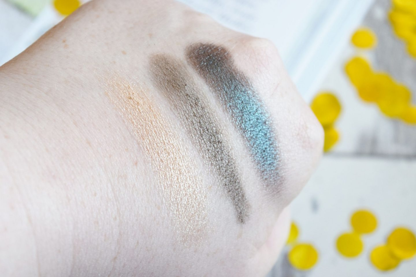 Smashbox Photo Edit Eyeshadow Trio in Day Rate swatches