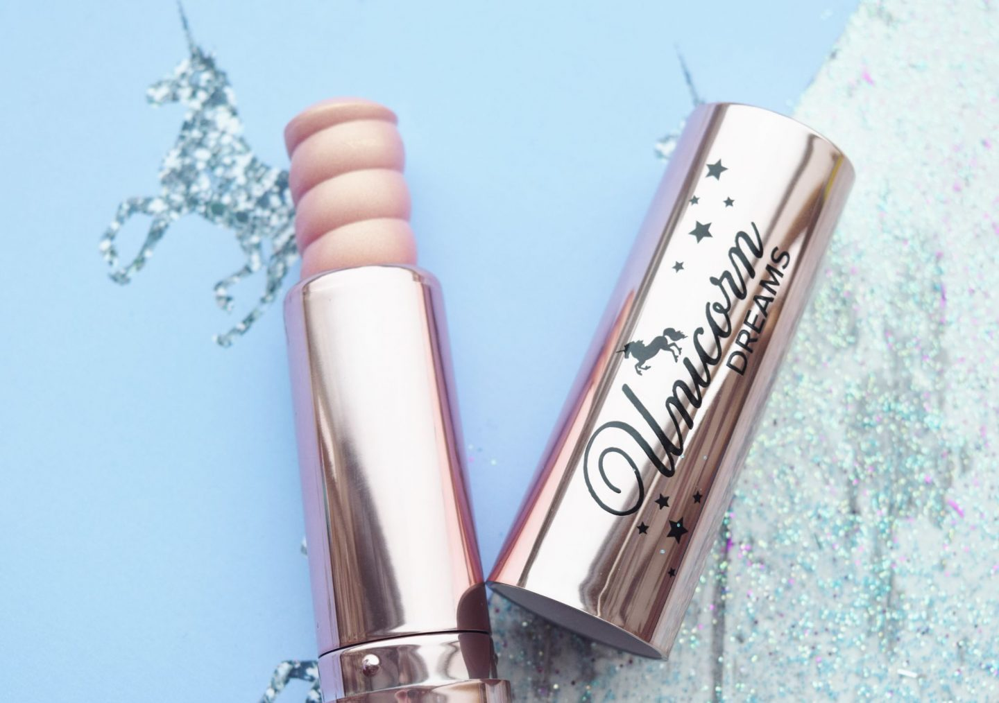 too faced Unicorn Dreams Unicorn Horn Mystical Effects Highlighting Stick