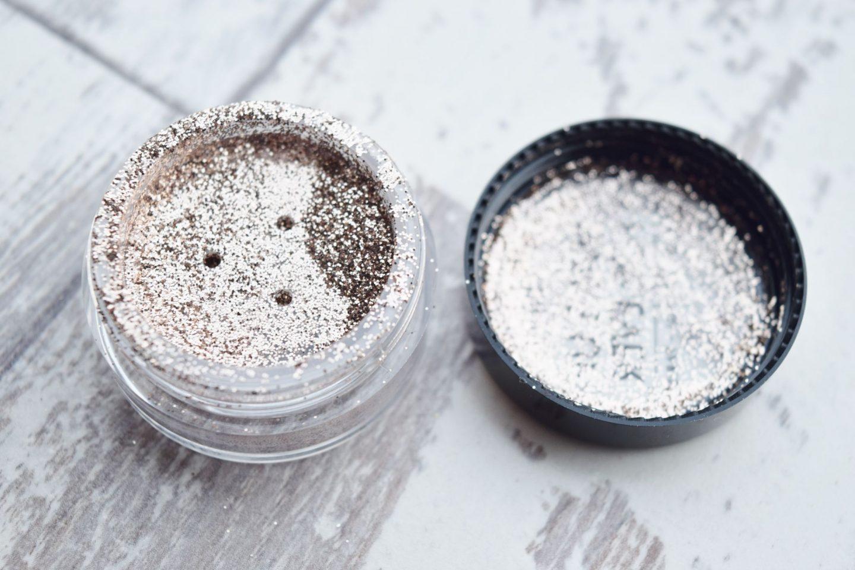 Make Up Forever Glitter in No.11 Beige