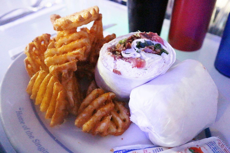 ellen's stardust diner food