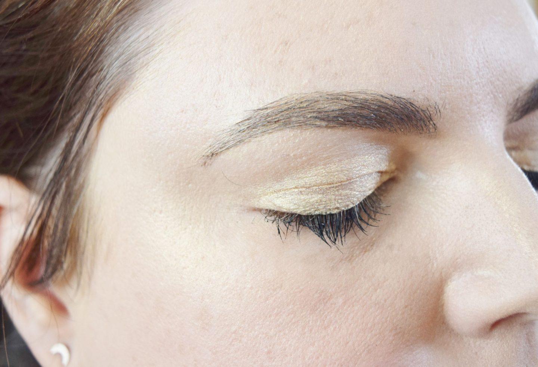 Kiko Milano Gold Waves Metallic Eyeshadow in 01 Silky Gold