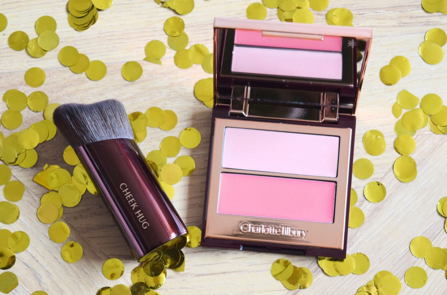 Charlotte Tilbury Pretty Youth GLow Filter Seduce Blush
