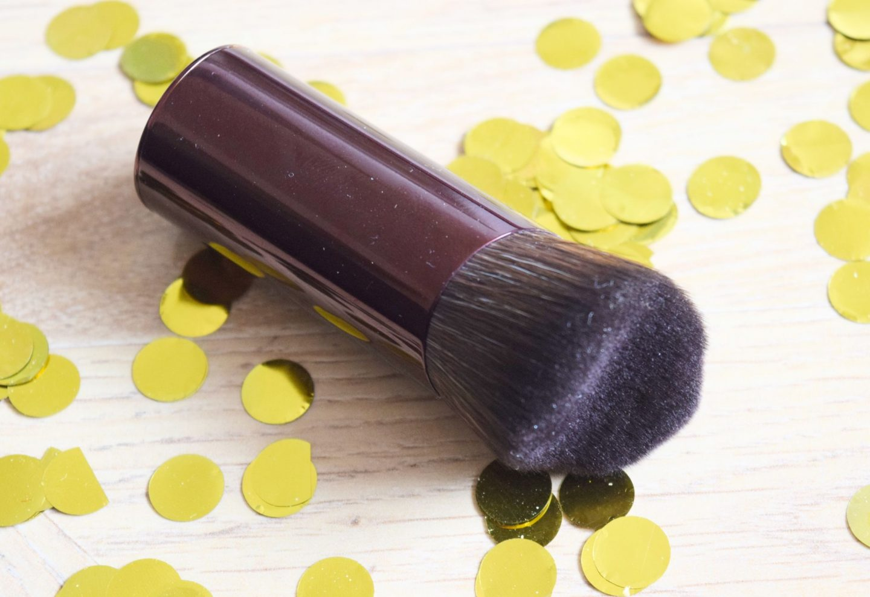 charlotte tilbury cheek flush brush
