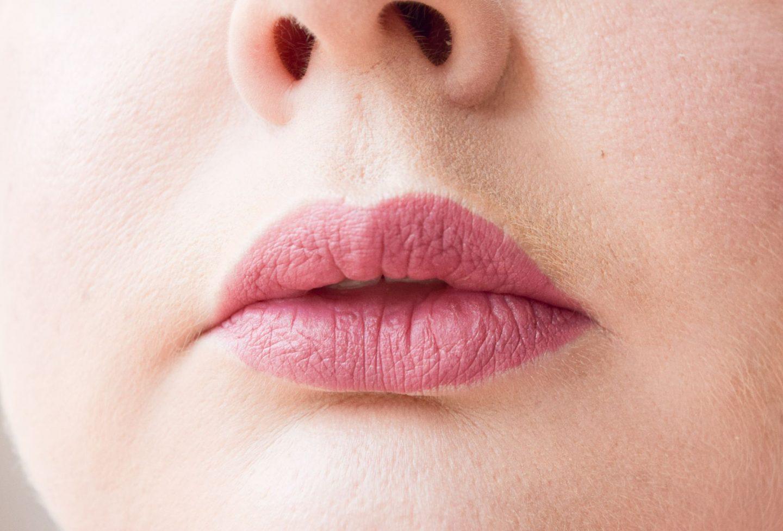 Crayola Lip & Cheek Crayon in Velvet Pink