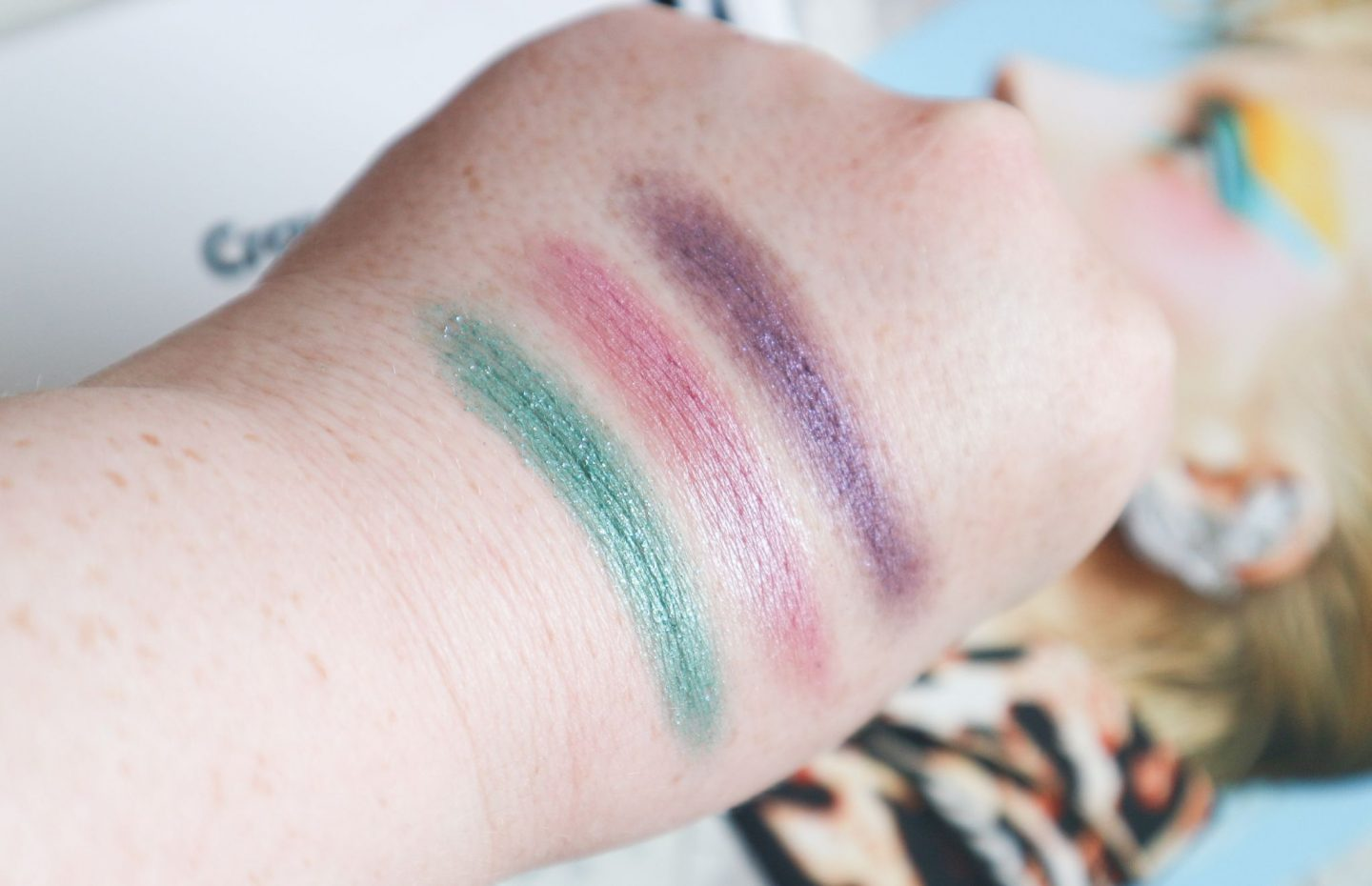 Crayola Eyeshadow Palette Mermaid swatches