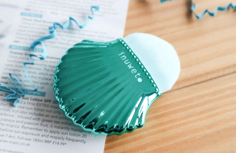 Inuwet shell brush