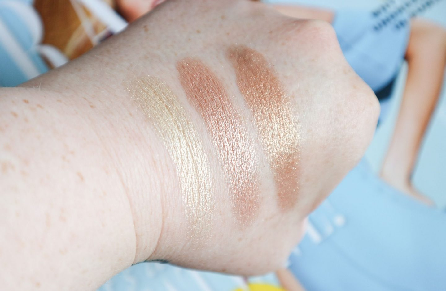 Charlotte Tilbury Bars of Gold Palette swatches