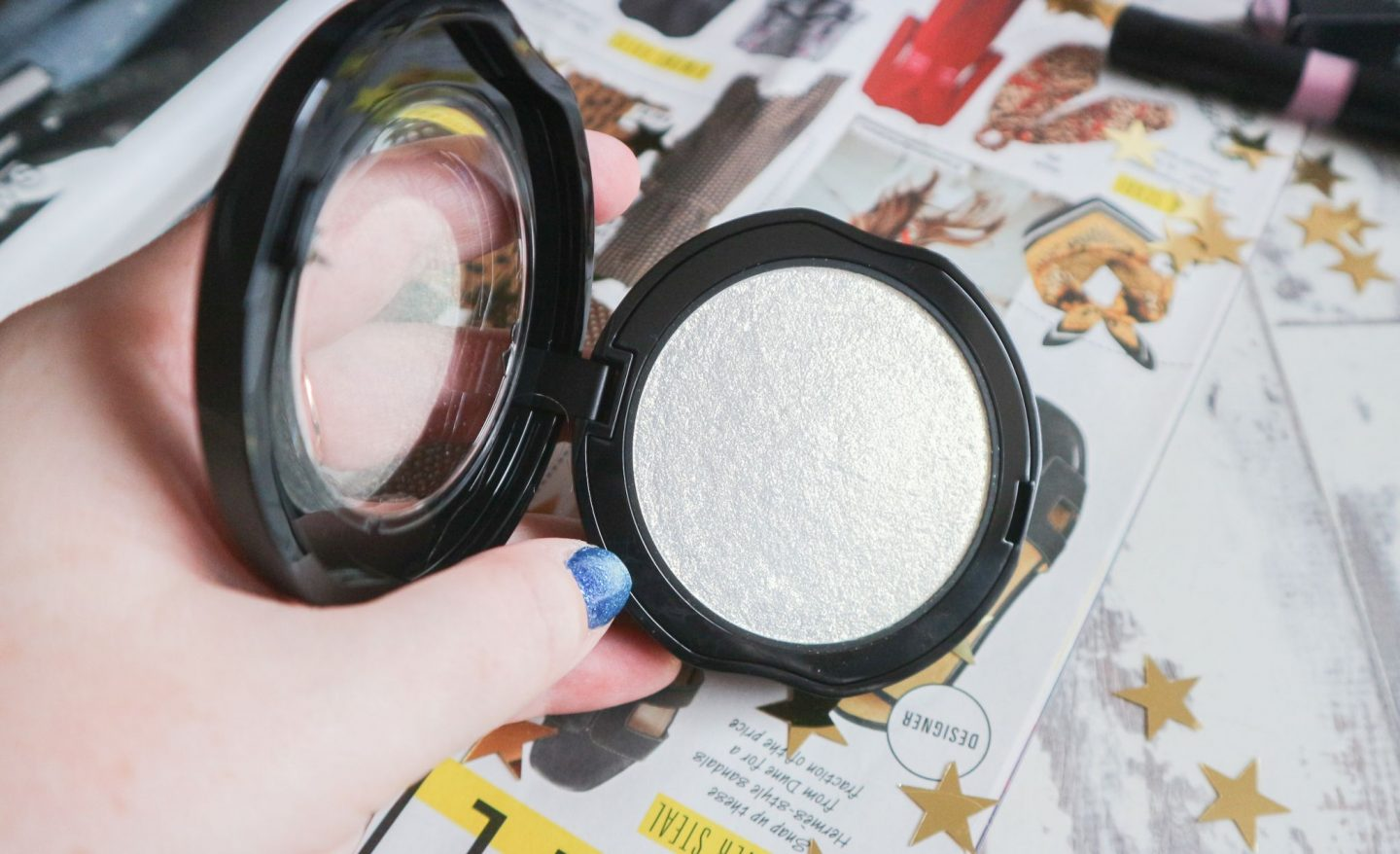 Kat Von D Metal Crush Extreme Highlighter in Gold Skool