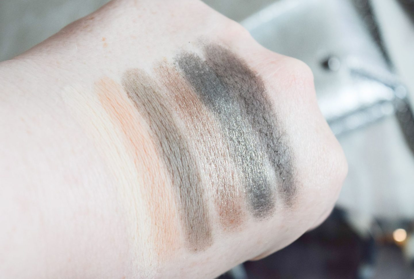 Bobbi Brown LE Camo Luxe Eye and Cheek Palette swatched