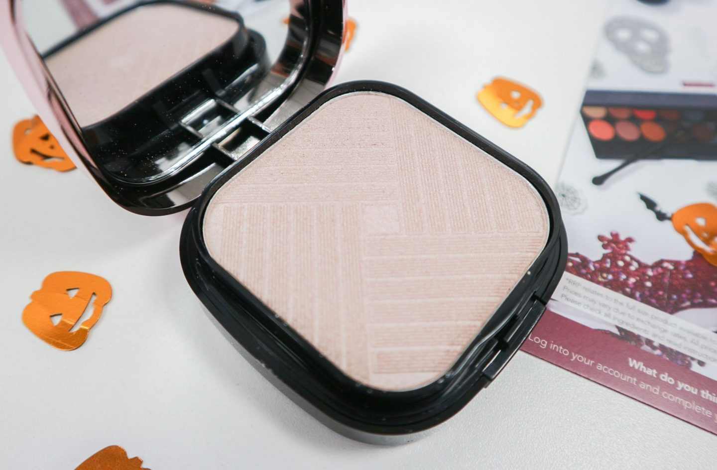 MUA Luxe Strobe & Glow Highlight Kit in Pink Luster