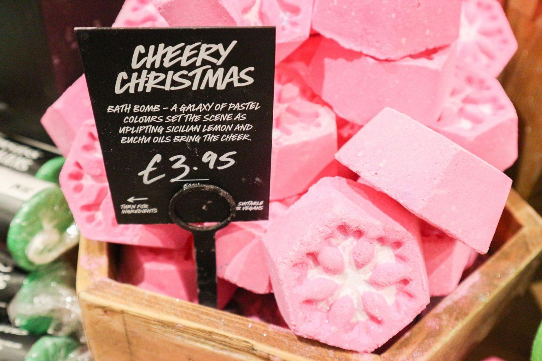 lush Cheery Christmas Bath Bomb