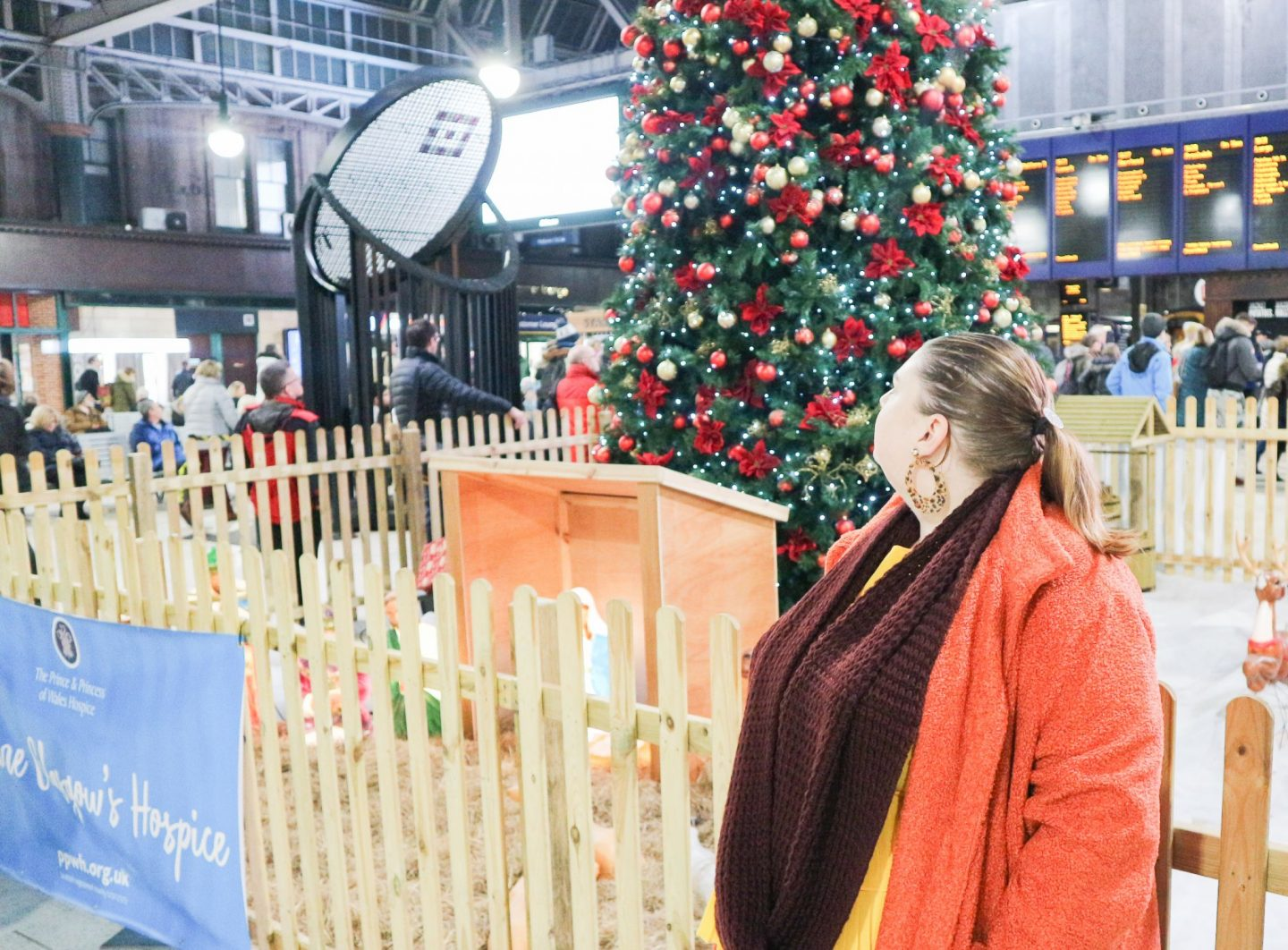 glasgow central christmas tree