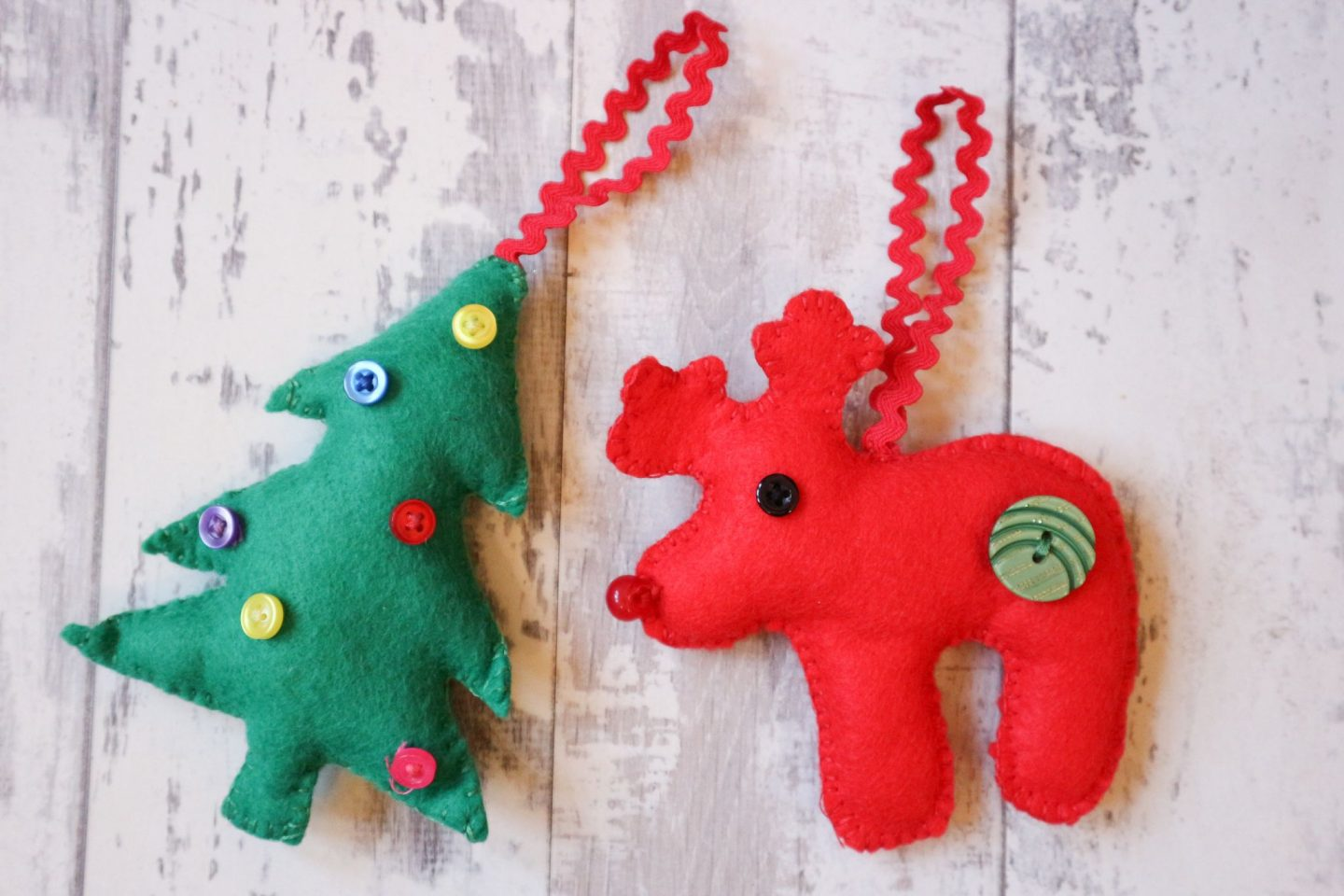 hadmade felt tree ornaments