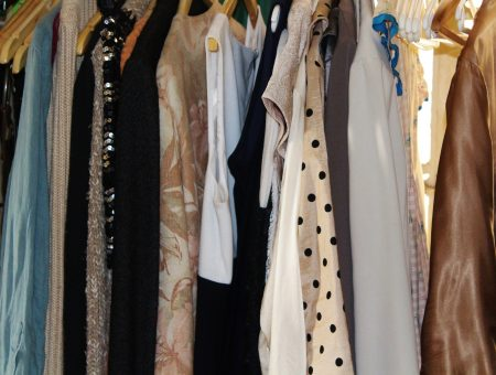 women's clothes rack