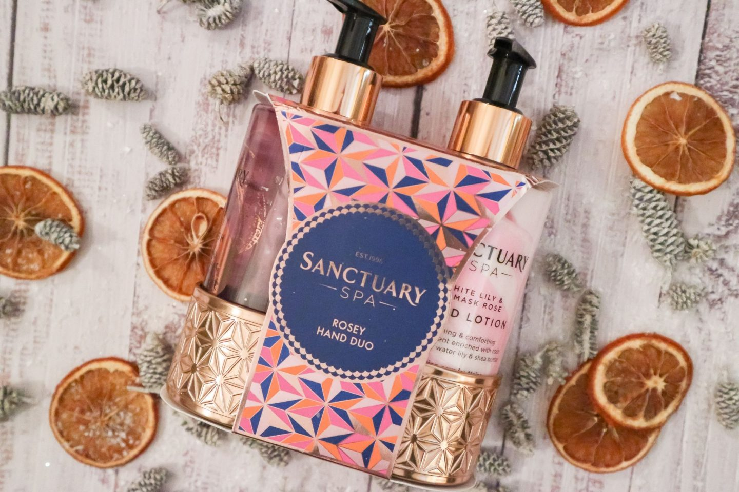 Sanctuary Spa Rosy Hands Duo