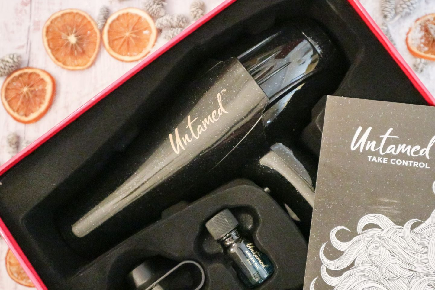Untamed Defrizz Hairdryer with Argan Oil
