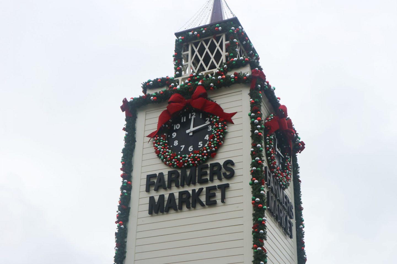 los angeles original farmers market holiday decorations