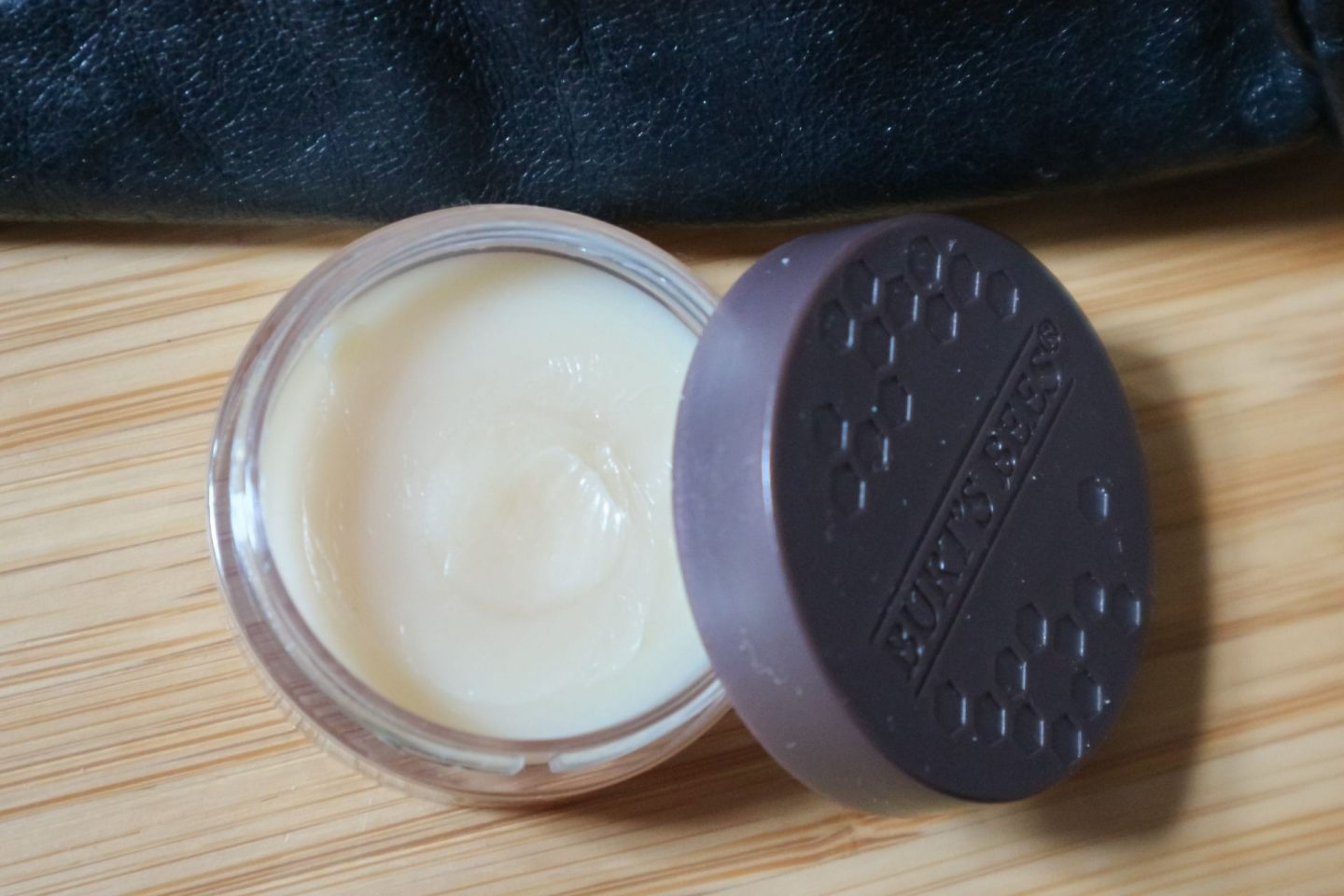 Burt's Bees Overnight Intensive Lip Treatment review