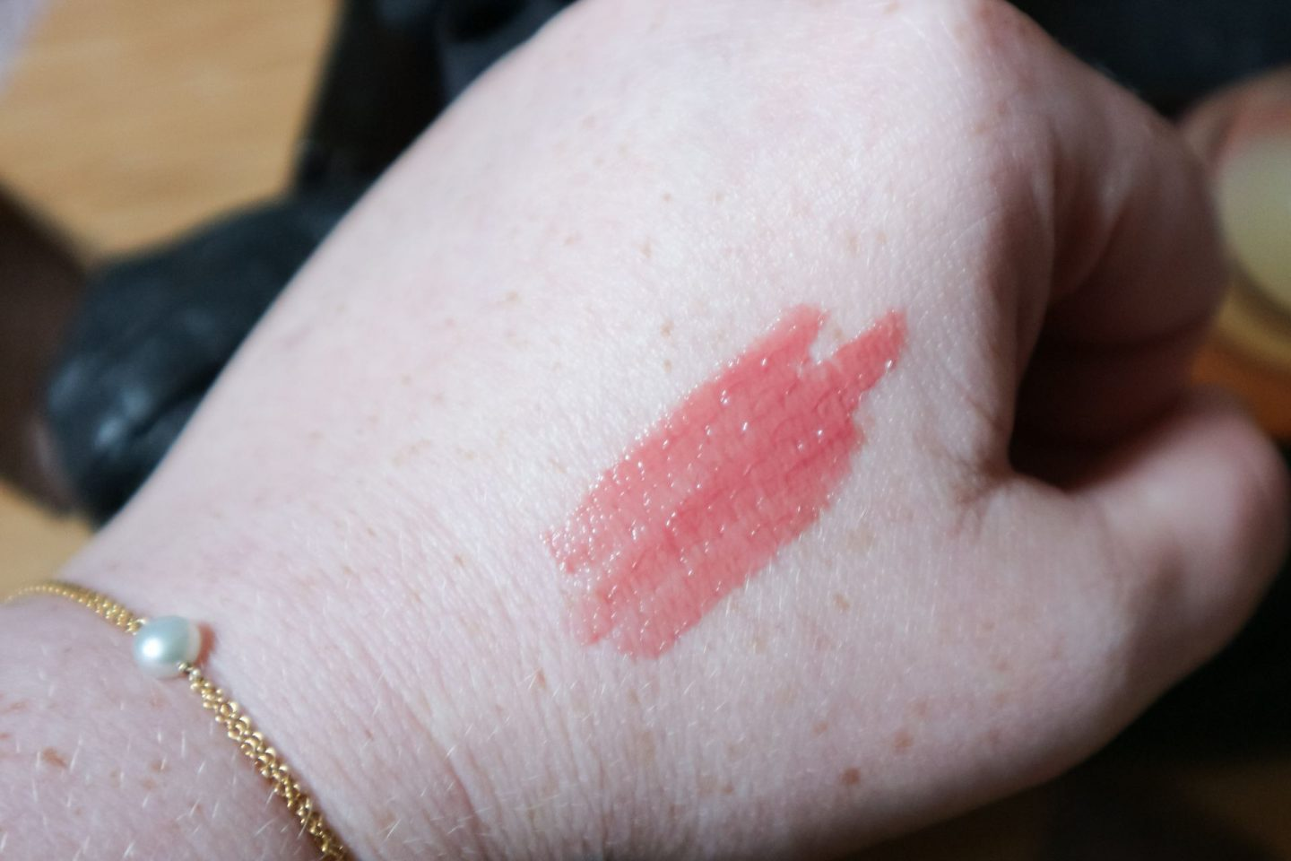Givenchy Le Rose Perfecto Liquid Balm perfect pink swatch