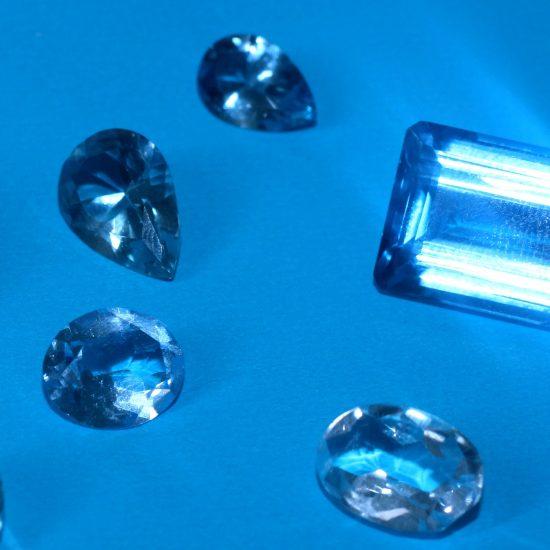 sapphire blue gemstones