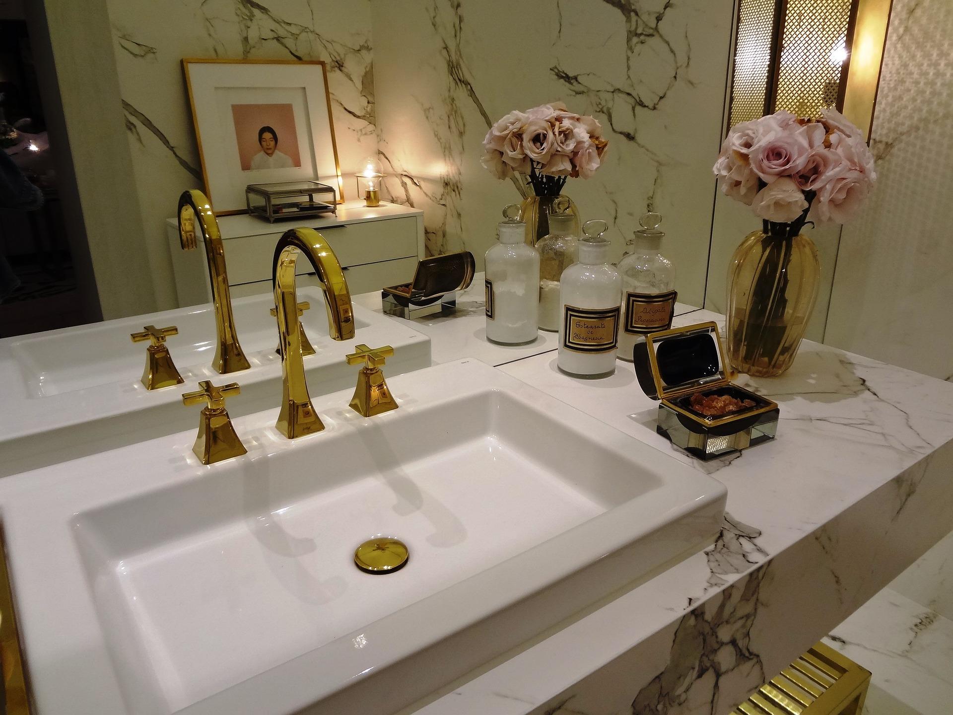 glam bathroom